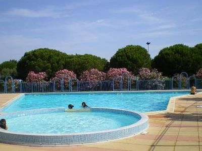 Photo for APPT of secondary residence with swimming pool close beach and trade.