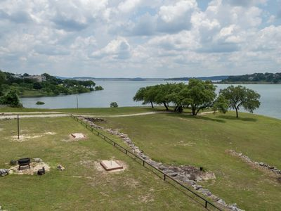 Photo for Waterfront Paradise W/Guesthouse on 1 Acre, Boating, Fishing, Swimming Next to Boat Ramp