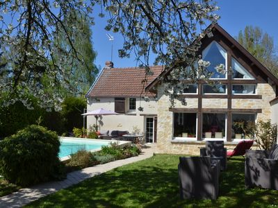 Photo for Sleeps 9, heated pool 20 min from Reims and 30 min from Euro Disney by train