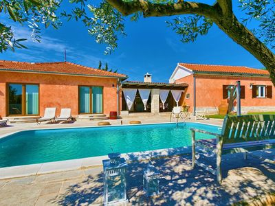 Photo for Villa with swimming pool, spectacular sea views, summer kitchen, WiFi, barbecue
