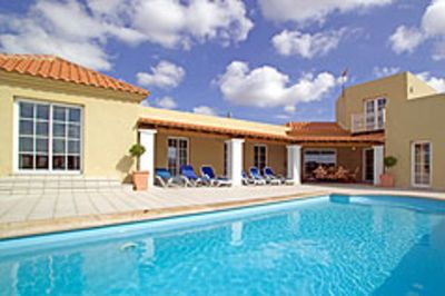 Photo for Lajares Villa With Private Tennis Court And Private Pool close to village