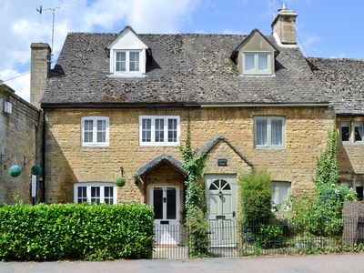 Photo for 2 bedroom accommodation in Bourton-on-the-Water, near Cheltenham