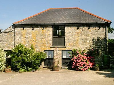 Photo for DOVE COTTAGE, romantic, with hot tub in Camelford, Ref 925990