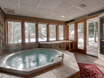 Photo for Chateaux D'Mont~ - Closest 2BR to Mountain House lifts - Pvt Hot Tub in unit
