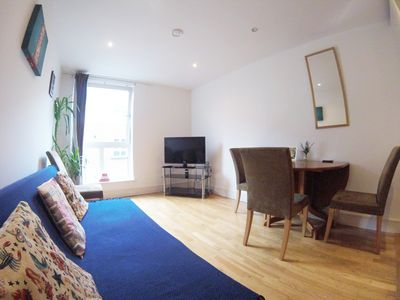Photo for Cosy modern one bed apartment - Shoreditch!