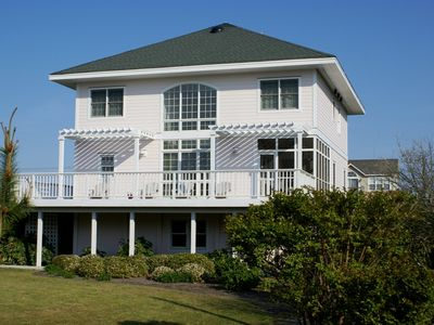 Photo for DAL MARE: 5 BR / 4 BA interior in Topsail Beach, Sleeps 10