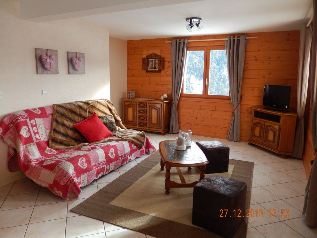 Location Vacances Appartement Saint Jean De Sixt: Salon