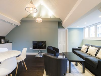 Photo for Monthly discount! 1BR Apt with all amenities, near by Marble Arch station