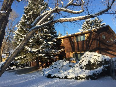 Photo for Walk to CU Boulder campus! Quality, comfort, value! Fine 4Br entire home.