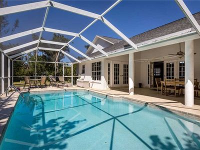 Photo for Quiet Retreat, 3 Bedrooms, Sleeps 6, Heated Private Pool