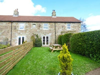 Photo for 3 KENTSTONE FARM COTTAGES, pet friendly in Lowick, Ref 919128