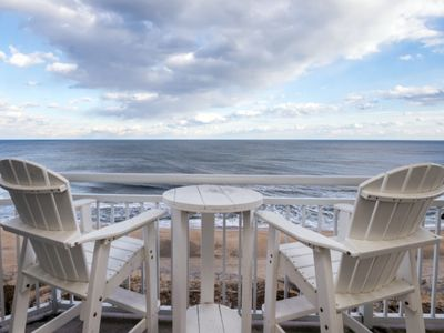 Photo for 4 Bedroom  3 bath Direct Oceanfront Gateway Grand