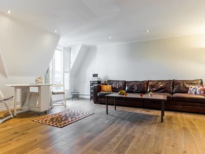 Photo for 2 Bed apartment in Maida Vale