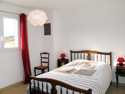 Photo for 3 bedroom Villa, sleeps 6 in Carqueiranne with Pool and WiFi