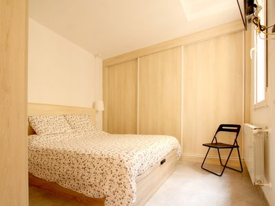 Photo for Full of natural light great 2BD apartment in Malasaña!