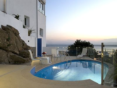 Photo for 4 bedroom Villa, sleeps 8 in Roses with Pool, Air Con and WiFi