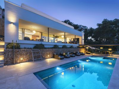 Photo for Villa Marvelo is a Ultra modern contemporary villa with stunning poolside chill out area
