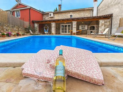 Photo for Charming house in the heart of Istria with private pool