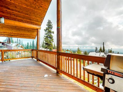 Photo for Ski-in/ski-out chalet w/mountain views, shared hot tub, and pellet fireplace
