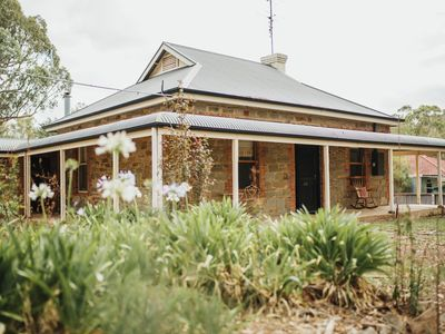 Photo for Cooke Cottage- Luxury family accommodation in the middle of the Clare Valley
