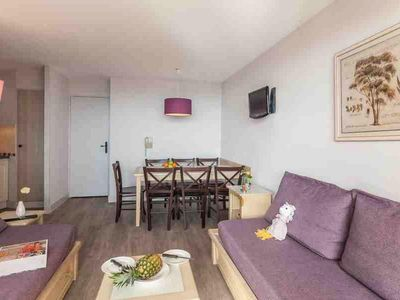 Photo for Residence Pierre & Vacances La Pinede *** - Apartment 2/3 rooms 6/7 people Standard
