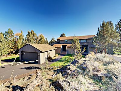 Photo for Refined 3BR Golf Course Resort Condo w/ Private Hot Tub & Views of Smith Rock