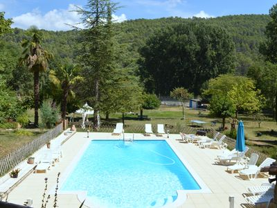 Photo for Villa in a private estate with pool and tennis in the countryside
