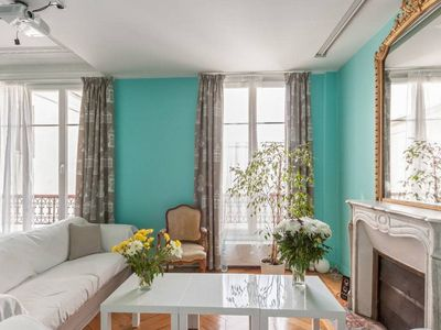 Photo for Stunning 3 bed apartment - Monceau