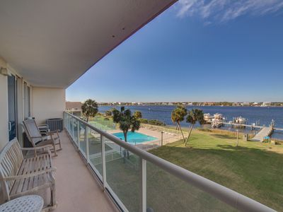 Photo for Picture Yourself in this Beautifully Decorated Gulf View Condo