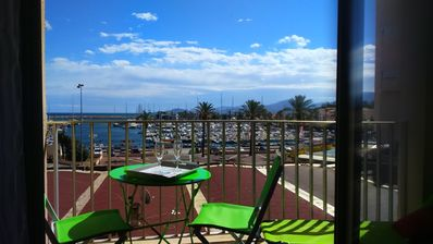 Photo for SUPERB SEA / PORT for this nice bright T2, spacious, modern!