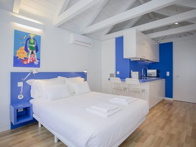 Photo for Liiiving in Porto | Downtown Cosy Suite 3F
