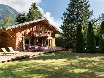 Photo for Chalet Favrands includes a large private garden, jacuzzi & separate apartment