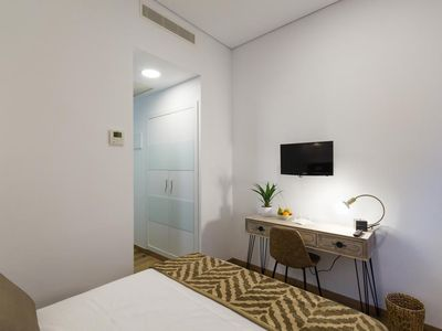 Photo for AT28-1 Double room in modern hostel in the center of Madrid