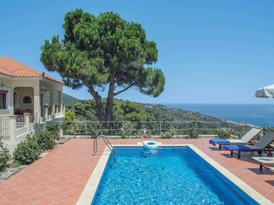 Photo for 3 bedroom Villa, sleeps 6 in Skópelos with Pool, Air Con and WiFi