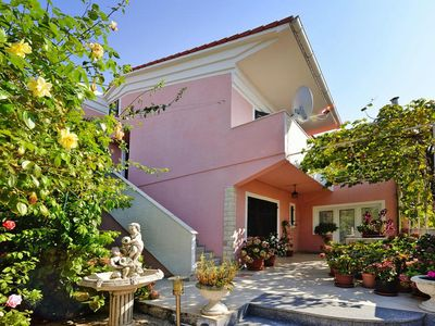 Photo for Apartments im Haus Anastacia, Mandre  in Pag - 5 persons, 2 bedrooms
