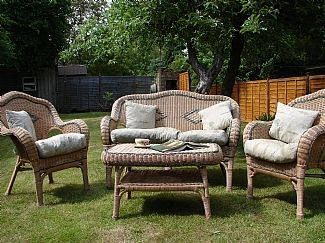 Garden Furniture Kings Lynn king's lynn holiday cottage: cosy cottage situated on roydon common