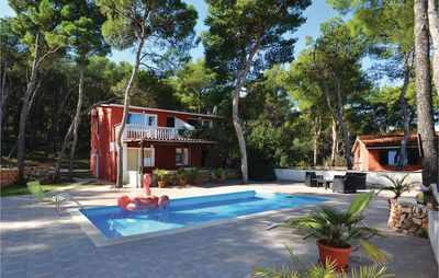Photo for 2 bedroom accommodation in Jelsa