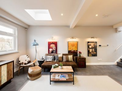 Photo for Stunning Notting Hill Apartment with Terrace