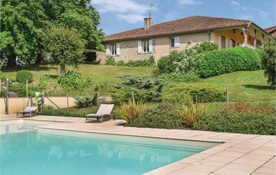 Photo for 5 bedroom accommodation in Bourgougnague