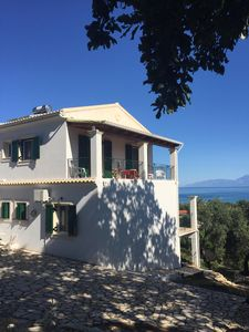 Photo for Villa with sea views. Upper apartment, sleeps four.