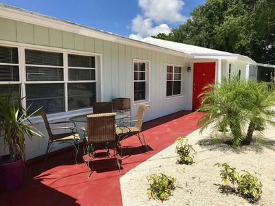 Photo for 3 BED/2BA Single Family with community boat ramp. 3 miles to Siesta Beach.