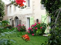 Comfortable, spacious apartment 5min walk from Pezenas town centre