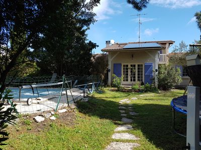 Photo for Beautiful house with pool on the banks of the Arcachon basin
