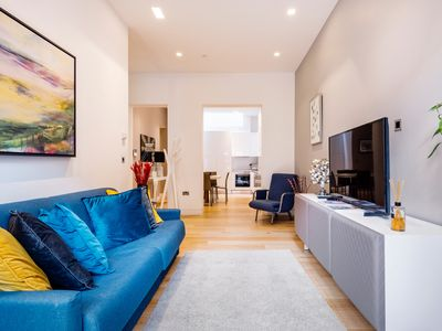 Photo for Elegant, Stylish, Modern, Super Central 2 bedrooms 2 baths flat