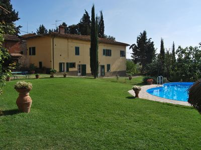 Photo for Accommodation in a farmhouse, overlooking the gentle Florentine hills