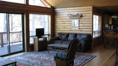 Photo for last minute Deal$$$ 4 Bedr Cabin  Sleep 8, 4 Queen Beds, Fireplace, Fully Equipp
