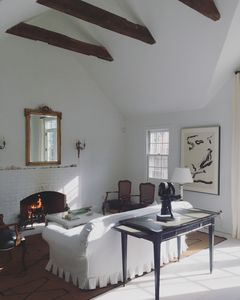 Photo for Charming East Hampton Cottage - located in the Springs-