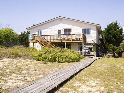 Photo for Paws Awhile: 3 BR / 2 BA home in Oak Island, Sleeps 8