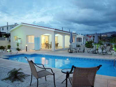 Photo for Delightful Villa With Wifi, Close To The Beach And All Amenities