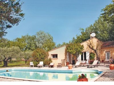 Photo for 5 bedroom holiday home with pool in the countryside